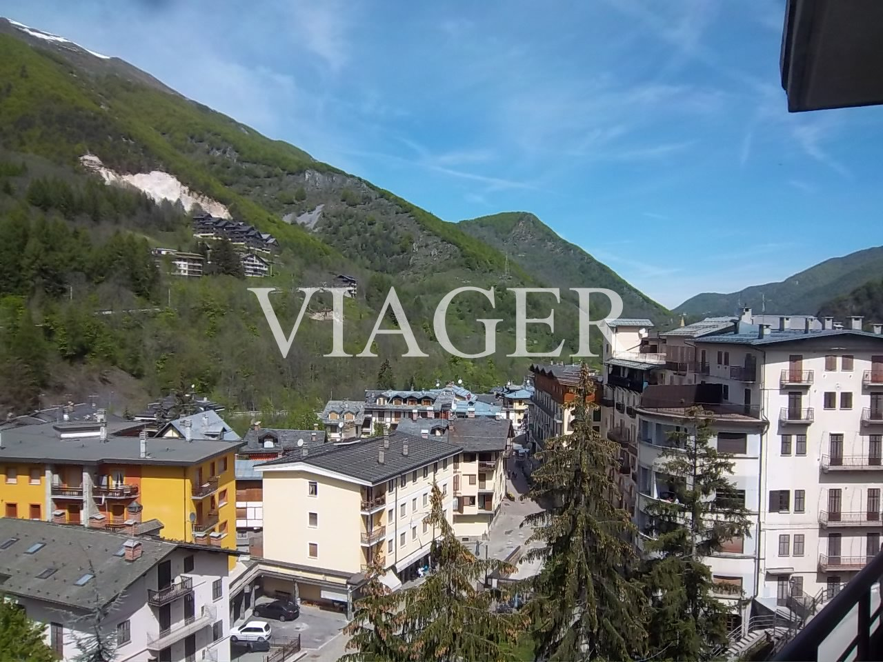 http://www.viager.it/public/Vgr-1183-10450_g.jpg
